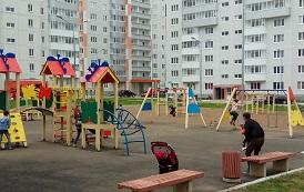 Ремонтные работы на детской площадке по адресу ул. Целинная, 45