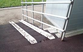 Монтаж покрытия входной зоны в доме по адресу ул. Красавинская, 6
