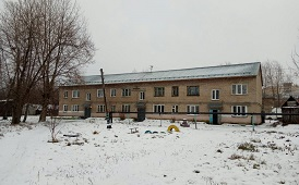 Монтаж снегозадержателей на крыше дома по адресу ул. Камская, 10